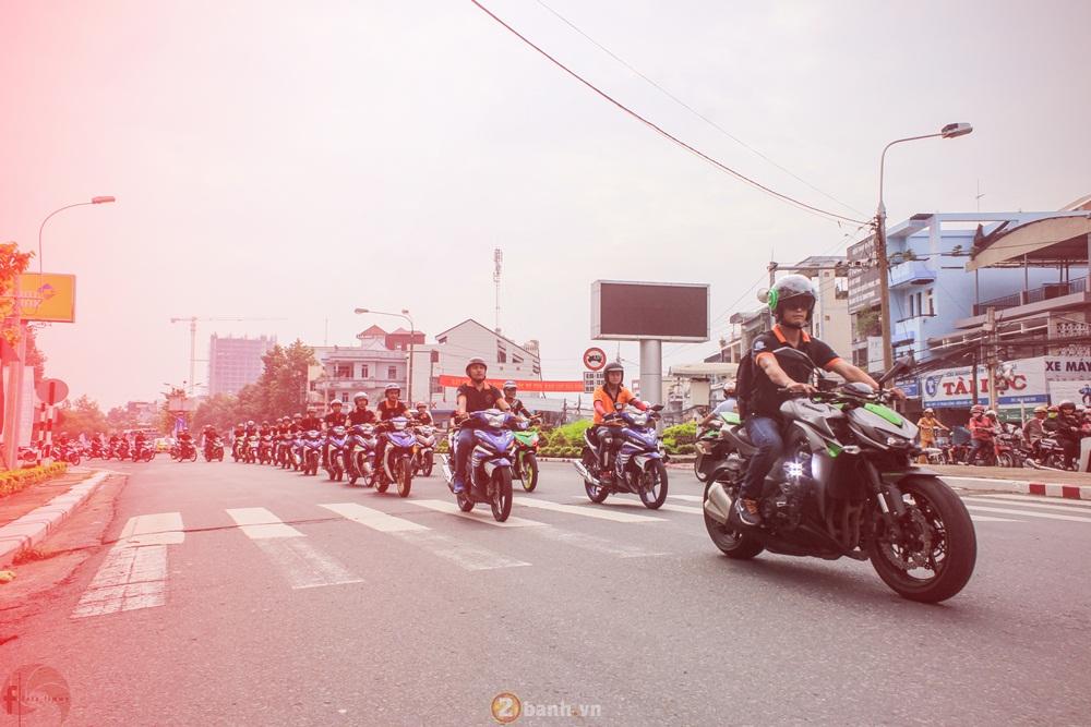 CLB Exciter Bien Hoa 6789 dieu hanh trong Ngay Hoi Van Hoa Gia Dinh 2016 - 11