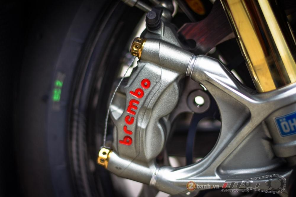 Ducati 1199 Panigale S dam chat choi voi phien ban duong dua - 15