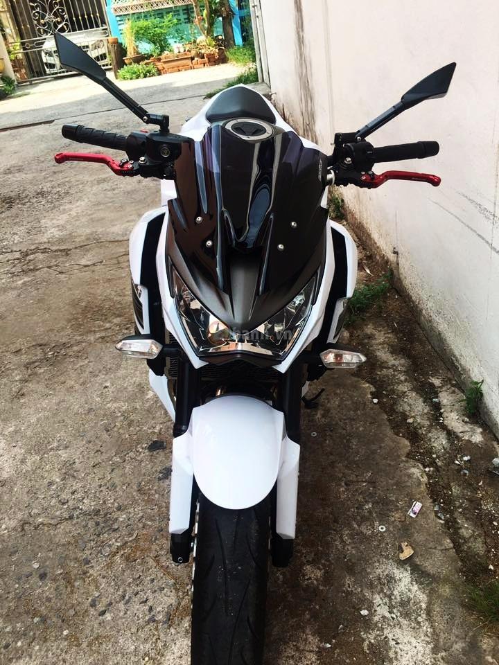 Kawasaki Z800 do don gian voi mot vai option hang hieu - 2