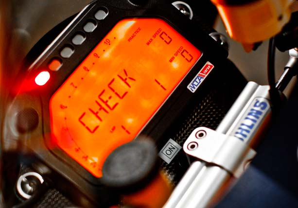 Xe dua Ducati 1170RS voi loat trang bi khung khiep - 5