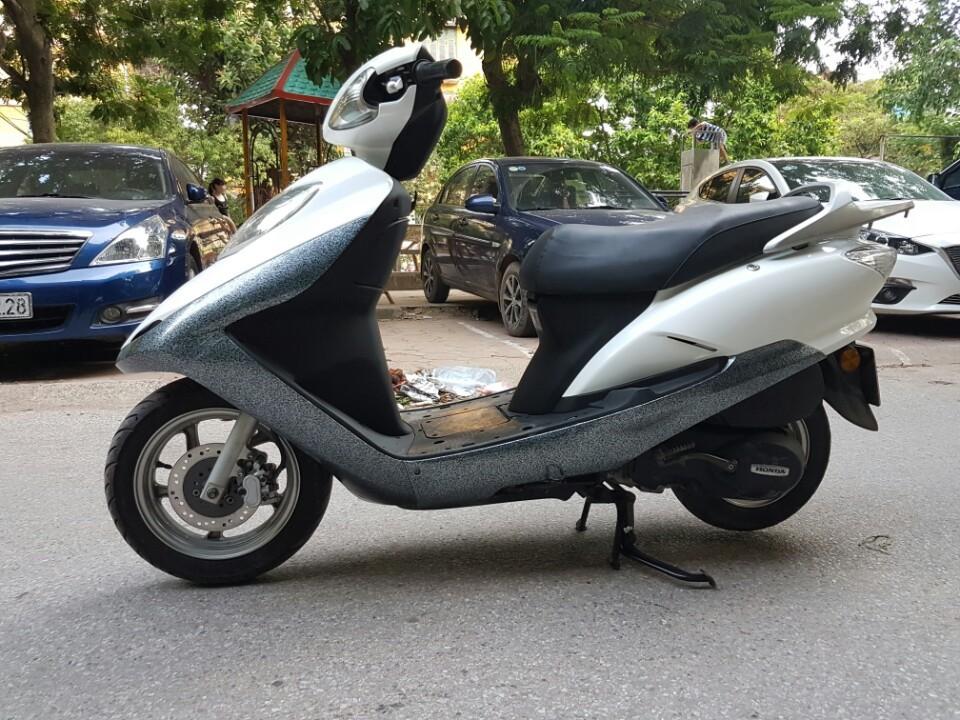 Ban Honda Joying 125cc mau trang xe chat va dep - 2