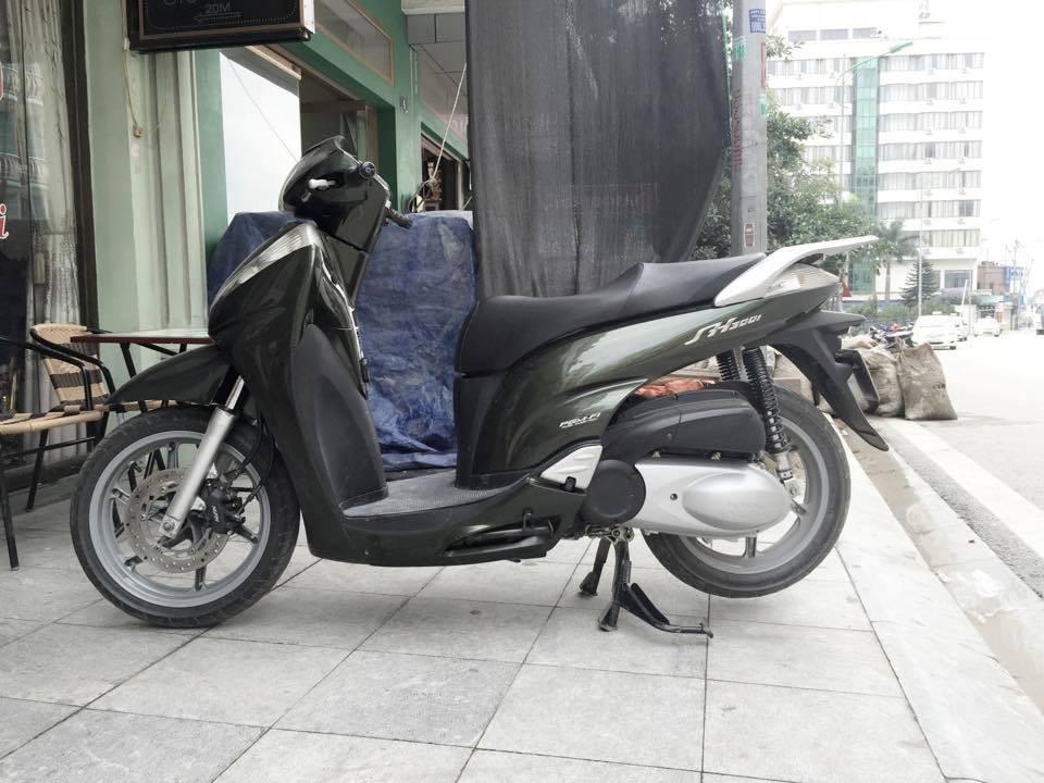 Ban xe Sh 300i - 4