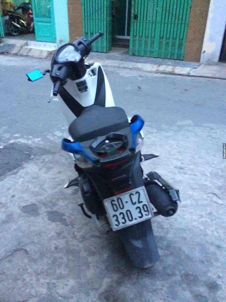 BAN XE Z1000 CHU XE BI CUOP TRANG TRON KHI TEST XE - 3