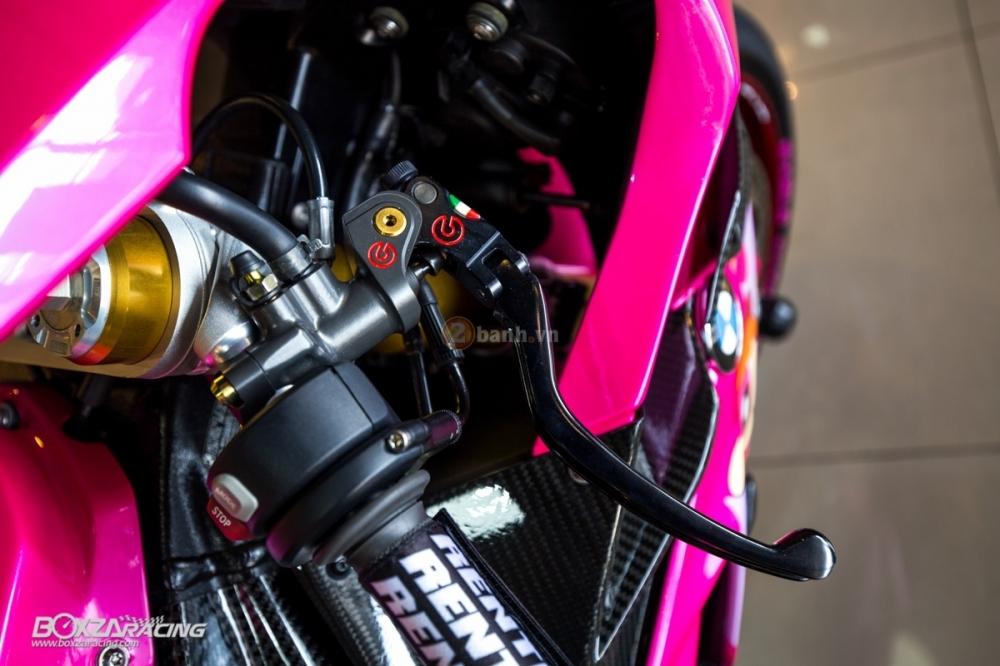 BMW S1000RR so cute voi phien ban do PowerPuff Gril tu The Ackers Racing - 7