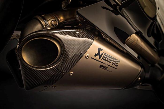 Can canh Ducati 1299 Panigale S Anniversario phien ban dac biet ky niem 90 nam - 16