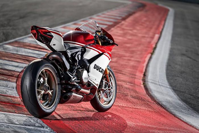 Can canh Ducati 1299 Panigale S Anniversario phien ban dac biet ky niem 90 nam - 19