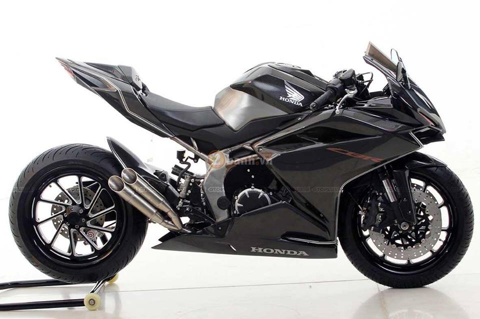 Chi tiet ban do chinh hang cua chiec Honda CBR250RR 2017 full carbon