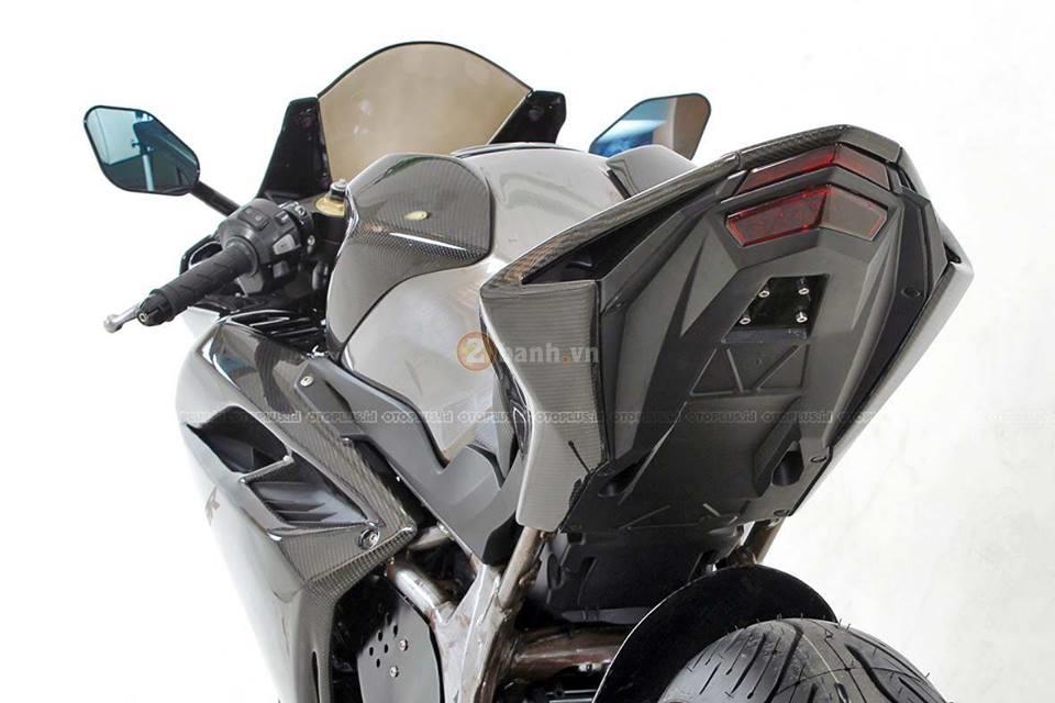 Chi tiet ban do chinh hang cua chiec Honda CBR250RR 2017 full carbon - 2
