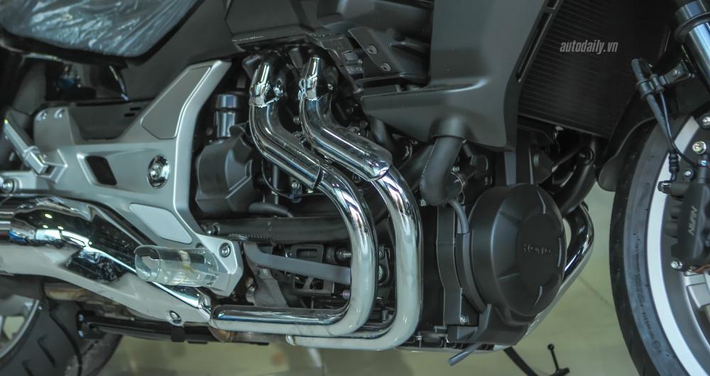 Chi tiet chien binh duong truong Honda CTX 1300 ABS 2015 tai Ha Noi - 5
