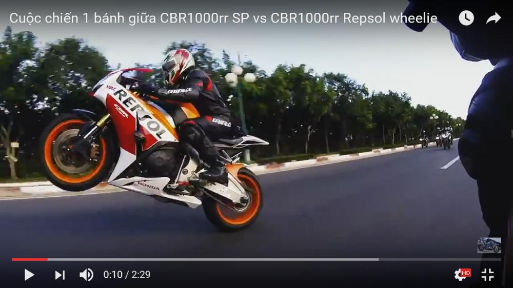 Cuoc chien 1 banh giua CBR1000rr SP vs CBR1000rr Repsol wheelie