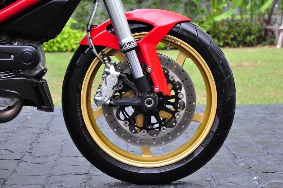 Ducati Monster 795 trong ban do full option day phong cach - 7