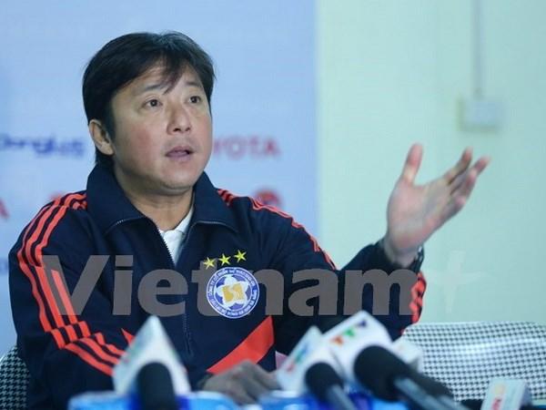 HLV Huynh Duc Hai Phong choi rat be tac Sau do ho quay ra da bay rat nhieu
