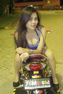 Wave 125R so dang cung hotgirl - 4