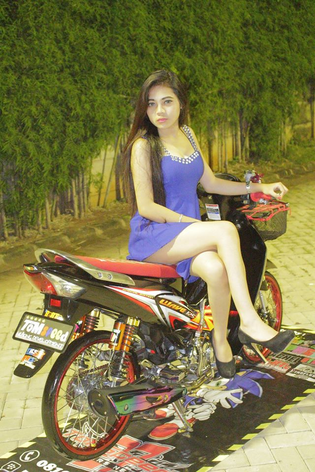 Wave 125R so dang cung hotgirl - 2