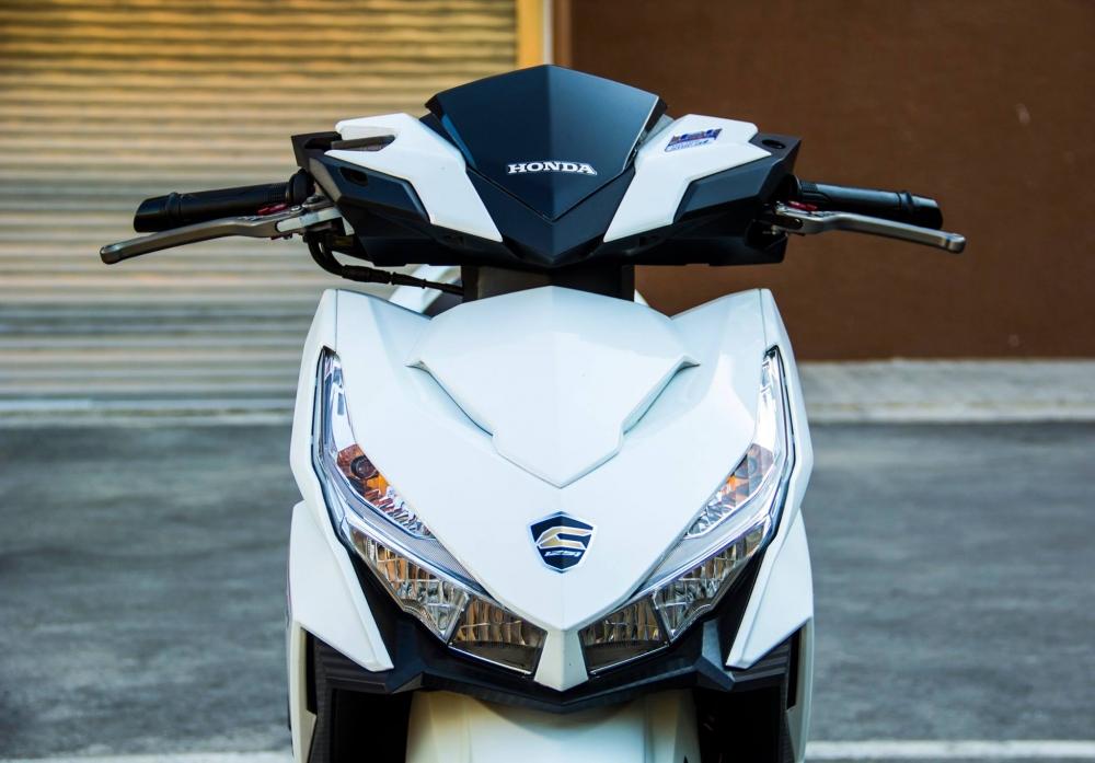 Honda Click 125i trang tinh khoi day ca tinh - 2