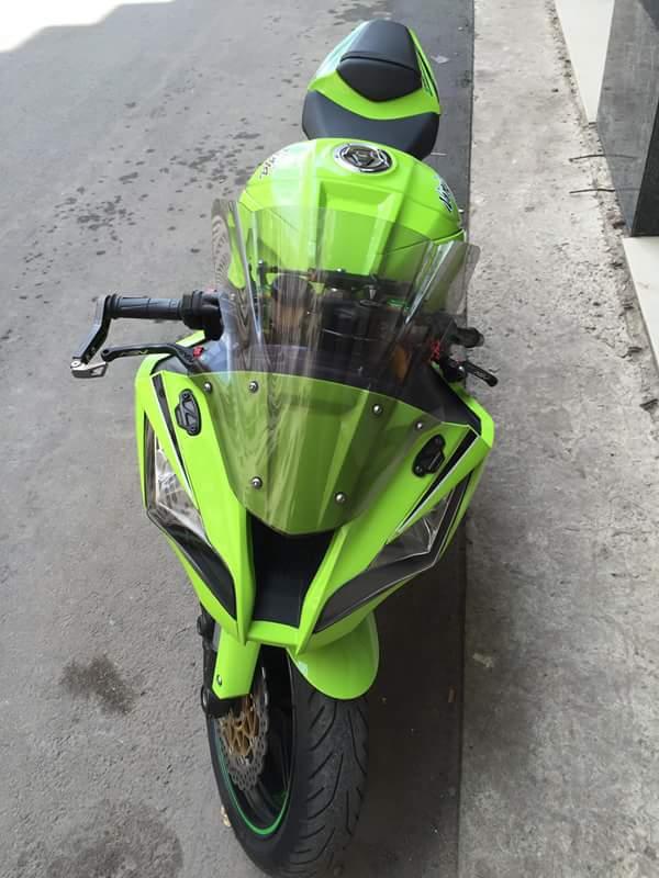 Kawasaki ZX10R chat choi voi sung Austin Racing ham ho - 3