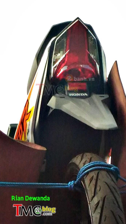 Lo anh Honda Sonic 150R 2017 voi bo canh moi - 3