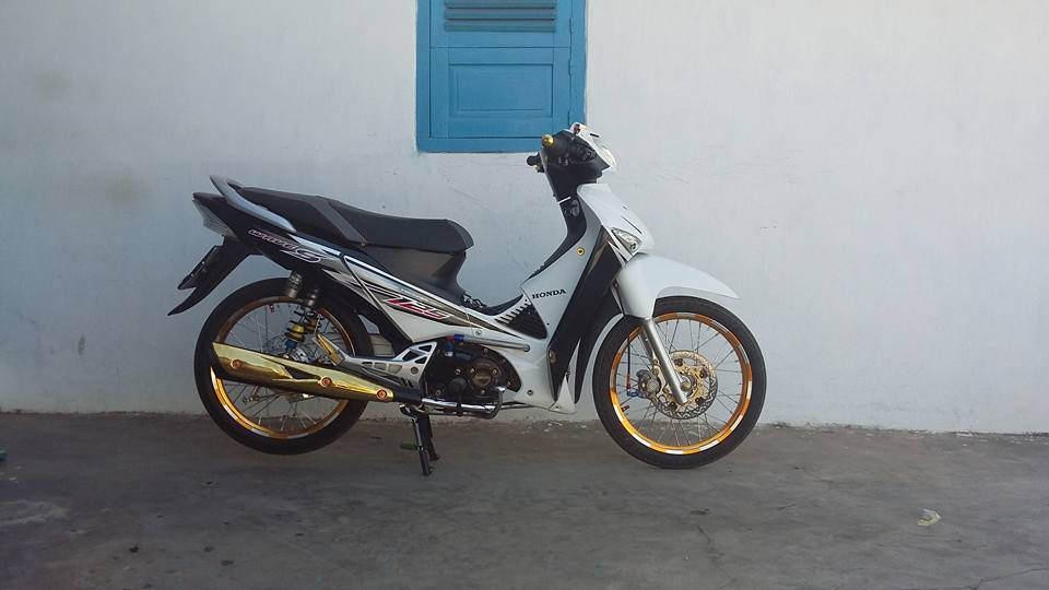 Show nhe con Wave S125 nuoc ban - 2