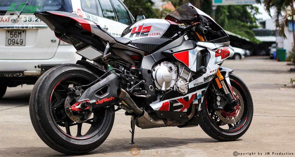 Yamaha YZF R1 an tuong trong Dai Hoi Exciter tai Sai Gon