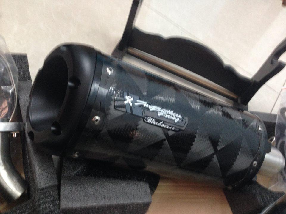 Yoshimura full carbon R 2brothers black series Megaphone - 5