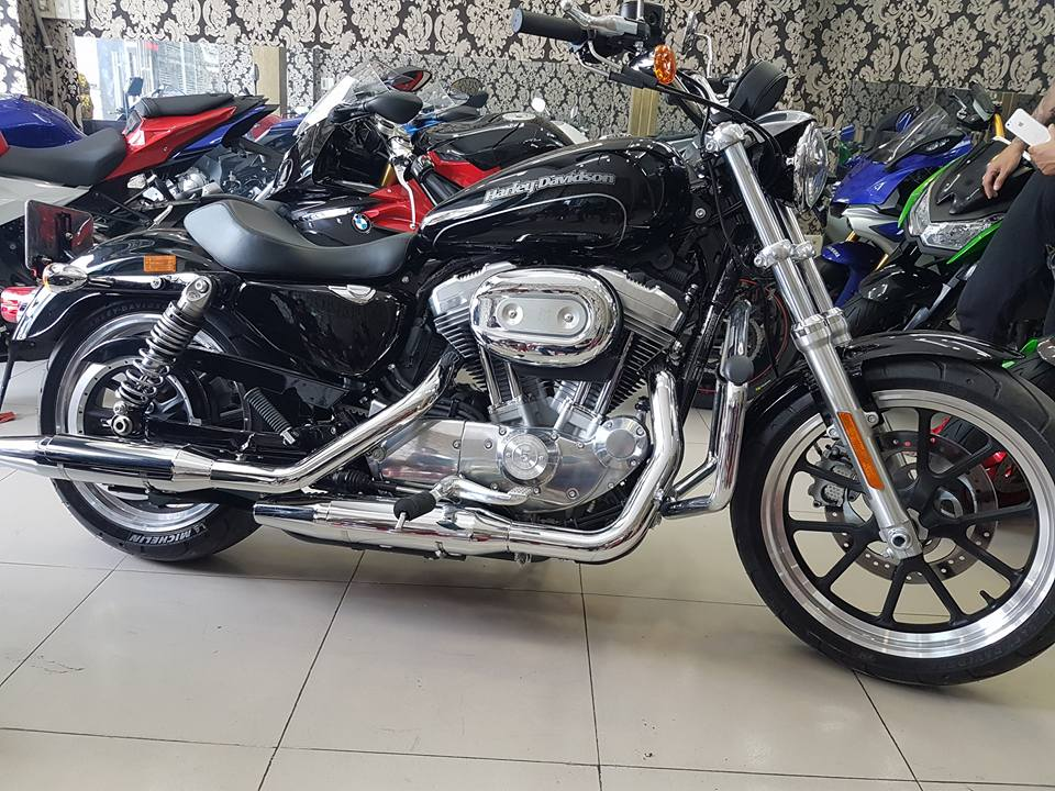 an ban Harley Davidson 883 2016 tinh trang xe moi nhu thung mua ve ngam choi HQCNsang ten uy quyen - 2