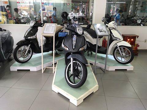 Ban Vespa tai Hoc Mon va Binh TanLH 0943108654 gap Huyen - 4