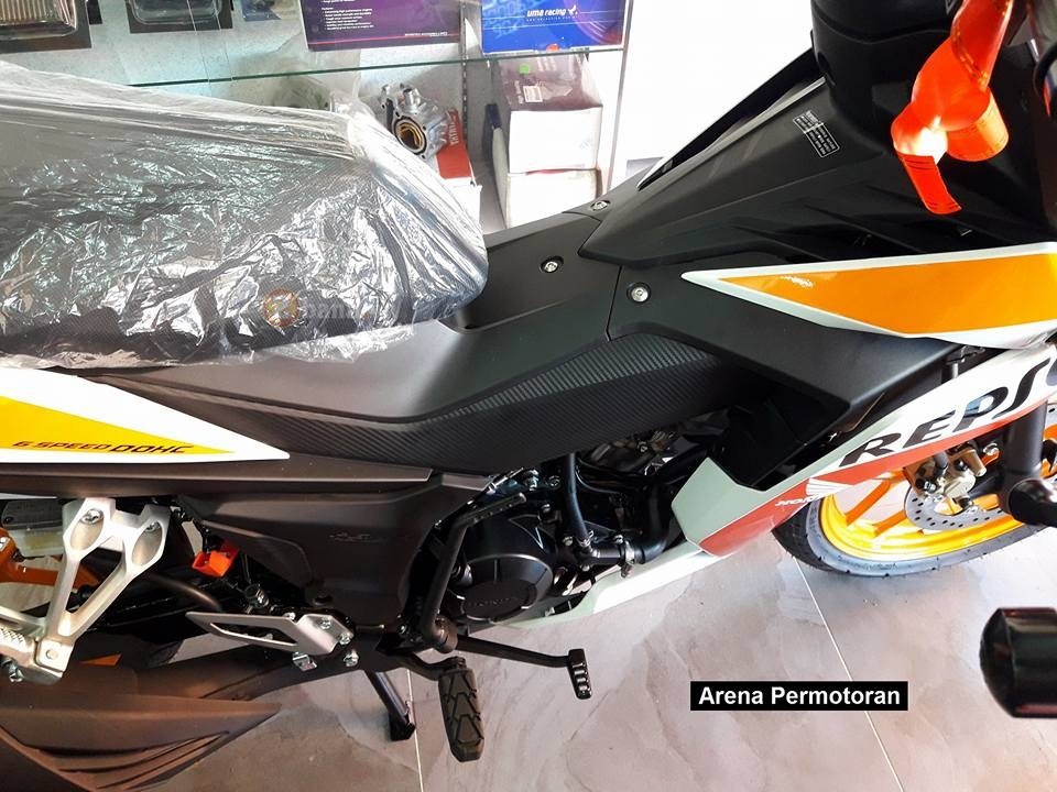 Can canh Winner 150 phien ban Repsol chinh hang - 17
