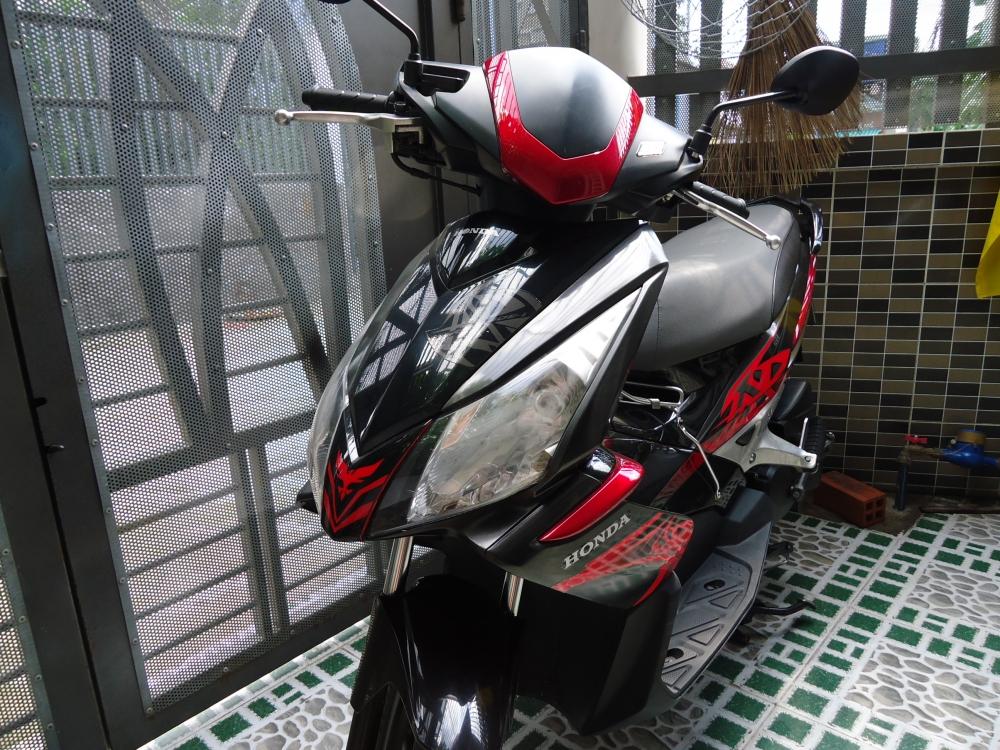 Honda Air Blade Fi 110cc doi 2011 len dan ao Thai Den Mo 100 zin - 3