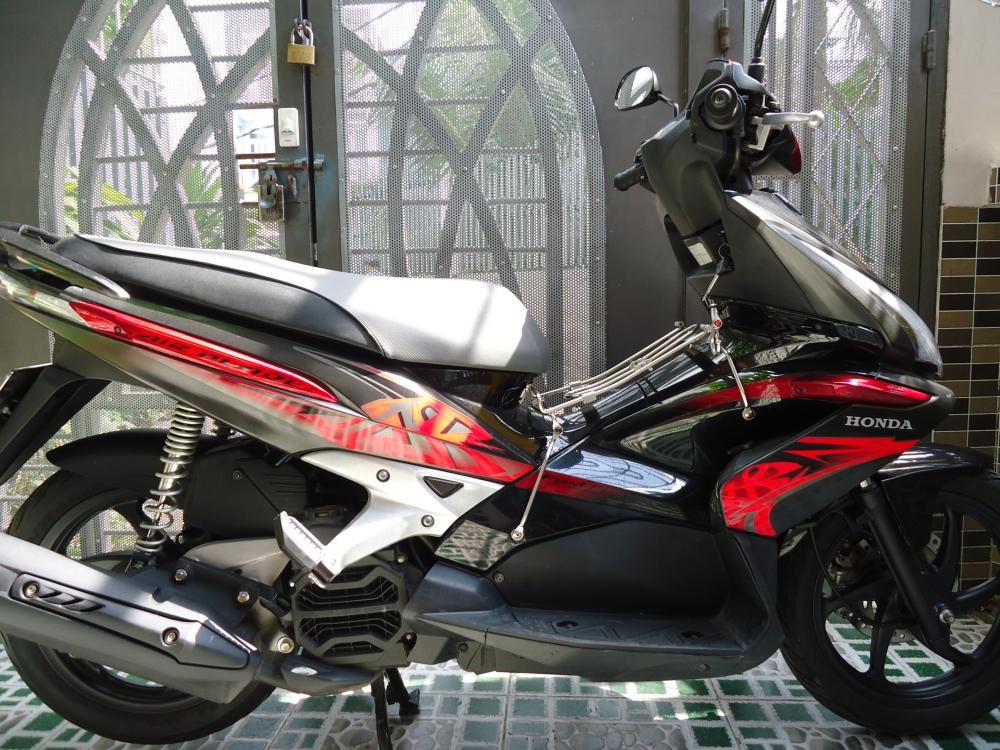 Honda Air Blade Fi 110cc doi 2011 len dan ao Thai Den Mo 100 zin - 7