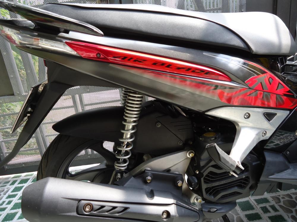 Honda Air Blade Fi 110cc doi 2011 len dan ao Thai Den Mo 100 zin - 9