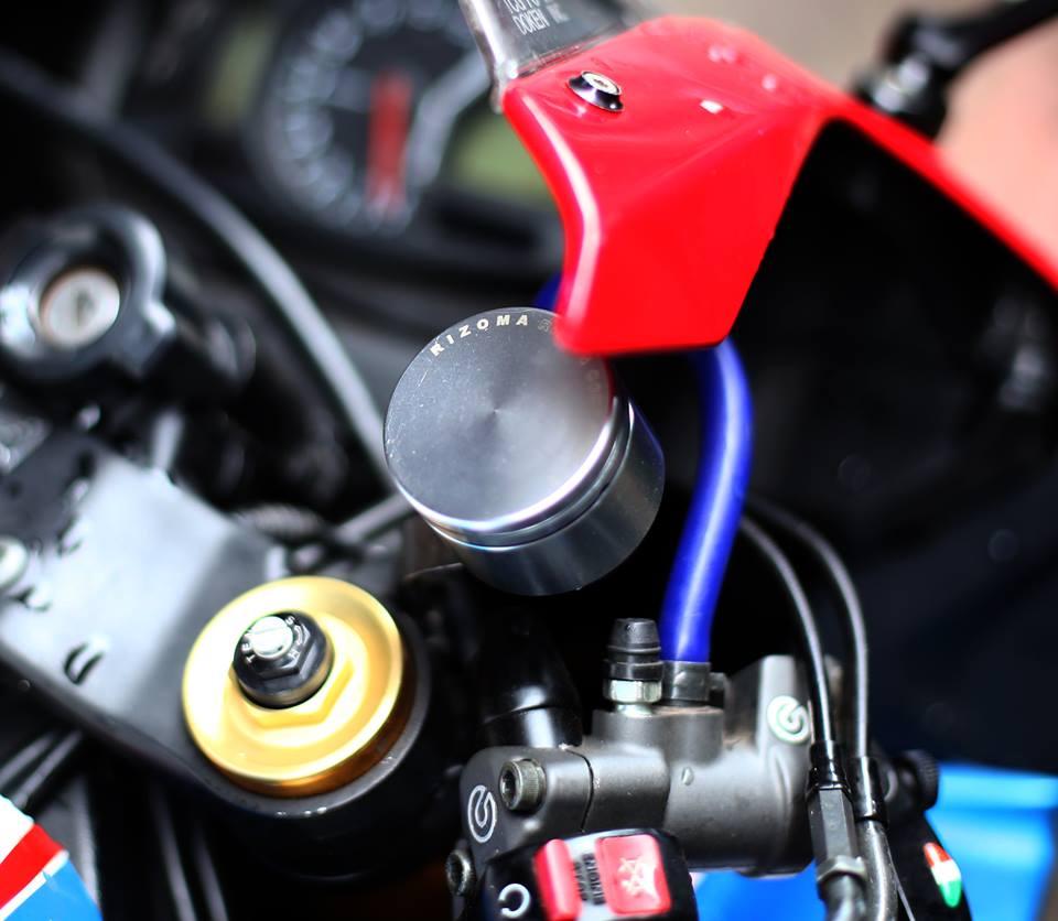 Honda CBR600RR vo cung an tuong trong ban do cuc chat cua biker Viet - 3