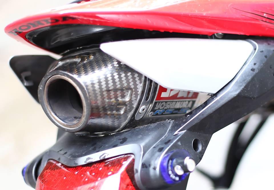 Honda CBR600RR vo cung an tuong trong ban do cuc chat cua biker Viet - 11