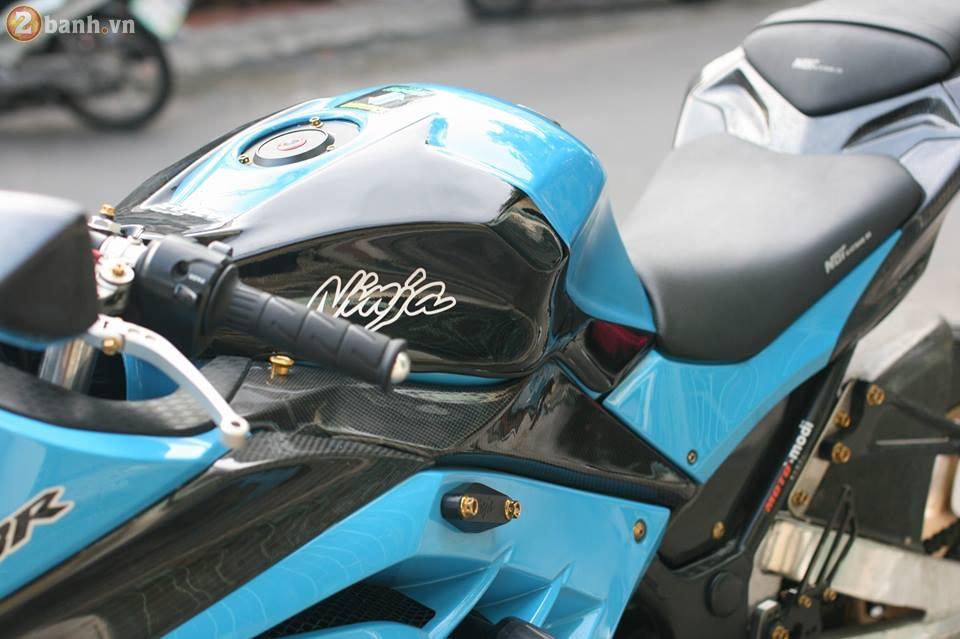 Kawasaki Ninja 300 cuc chat trong sac xanh day noi bat - 10