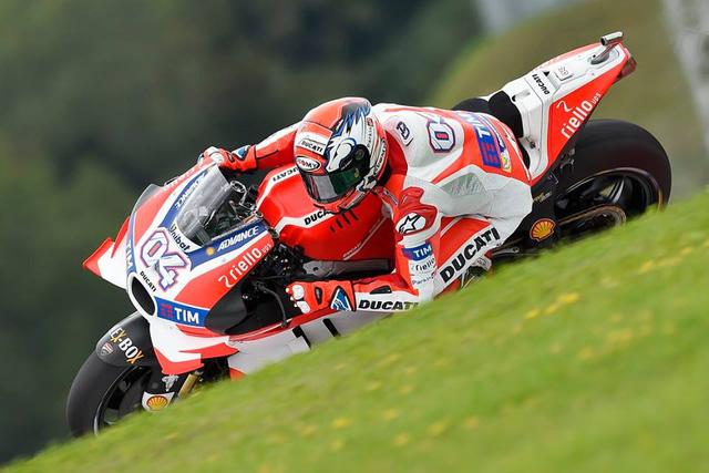 Ket qua phan hang MotoGP Andrea Iannone co pole dau tien - 3