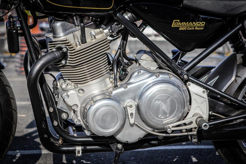 Norton Commando 961 Cafe Racer khoe dang tai Vietnam Bike Week 2016 - 10