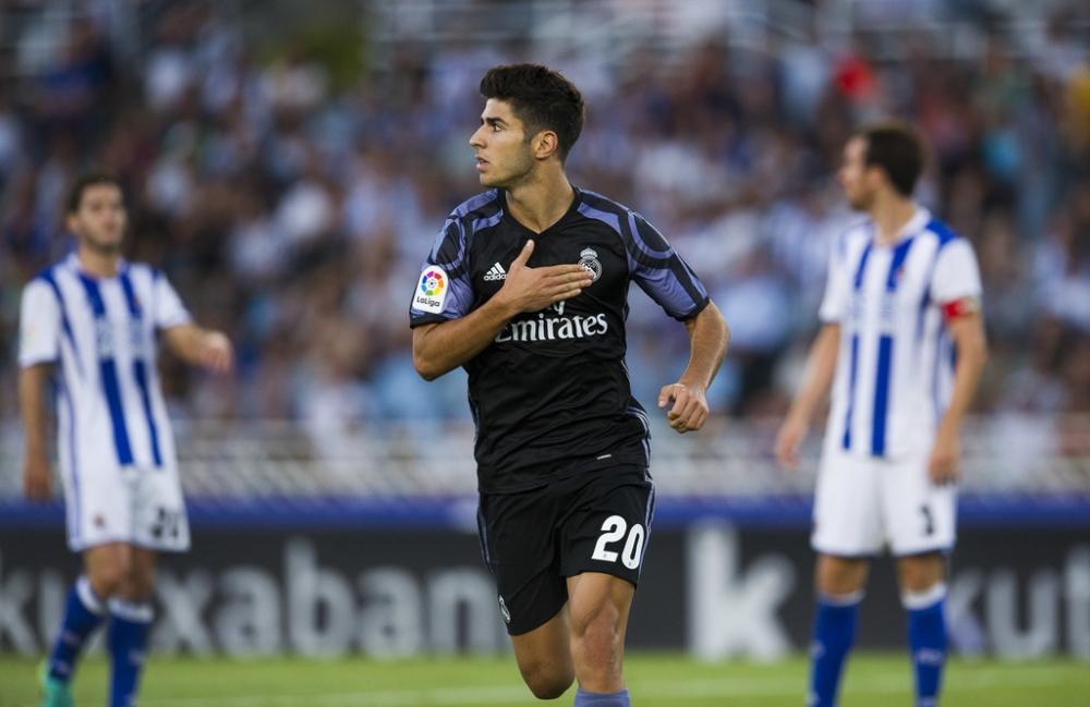 Real Madrid Vang Ronaldo da co Gareth Bale dua duong chi loi - 3