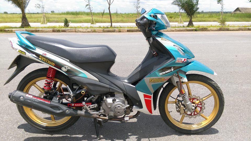 Axelo Syntium Petronas con gio la thoang qua