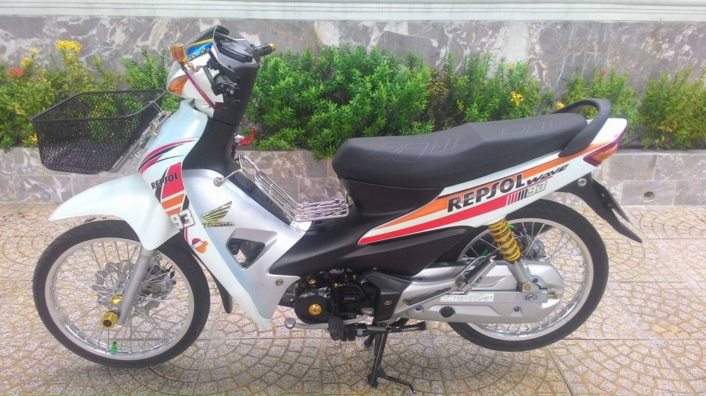 Wave Alpha do nhe day ca tinh trong phong cach Repsol