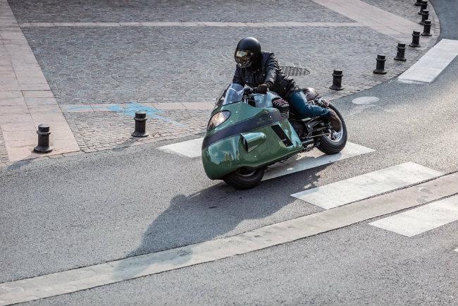 Moto Guzzi V8 do cuc chat cua dan choi phuong Tay - 3