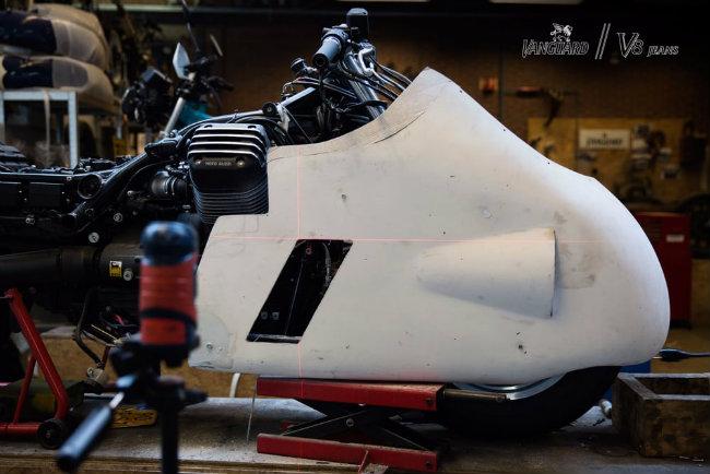 Moto Guzzi V8 do cuc chat cua dan choi phuong Tay - 9