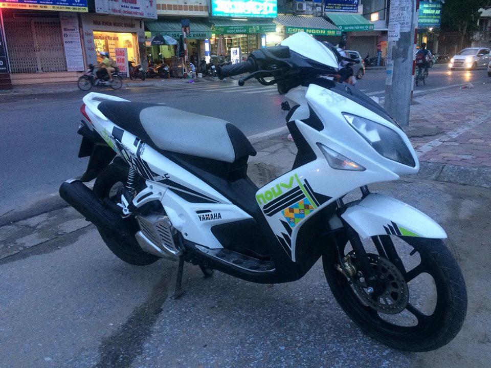 Yamaha Novo LX 135 mau trang doi chot tem caro 2011 - 2