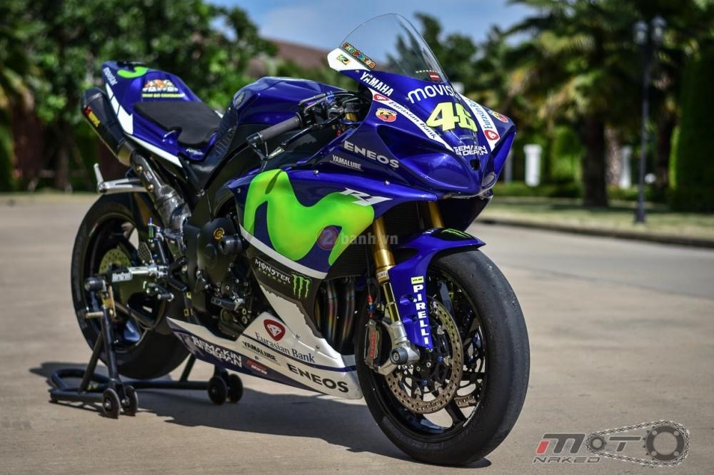 Yamaha R1 sieu chat trong phien ban Movistar MotoGP