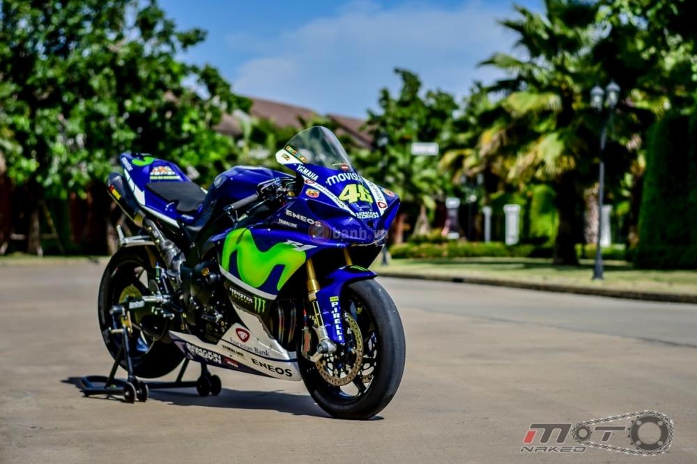 Yamaha R1 sieu chat trong phien ban Movistar MotoGP - 31