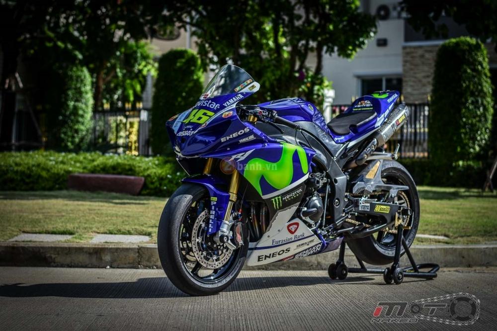 Yamaha R1 sieu chat trong phien ban Movistar MotoGP - 32