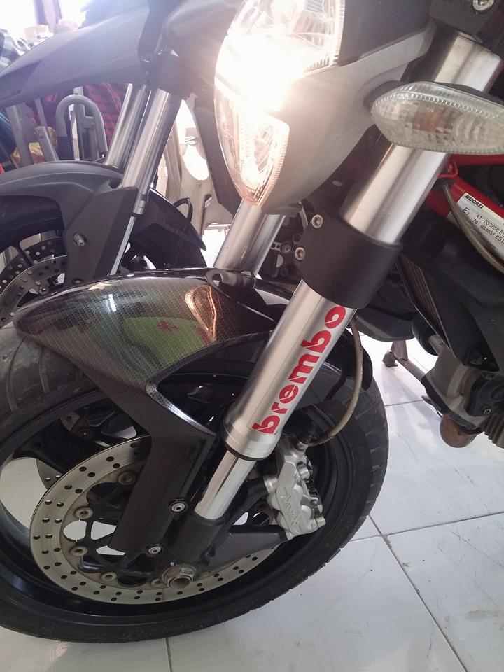 Ban Ducati Monster 795 HQCN date 2012 gia SV - 2