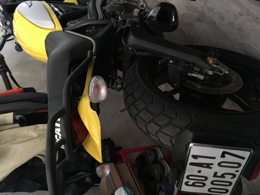 Ban xe Ducati Scrambler Icon Vang DK 102015