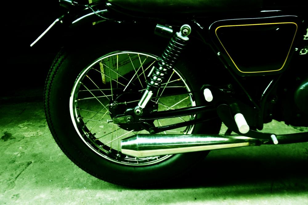 Ban xe Su GN125 do cafe racer - 7