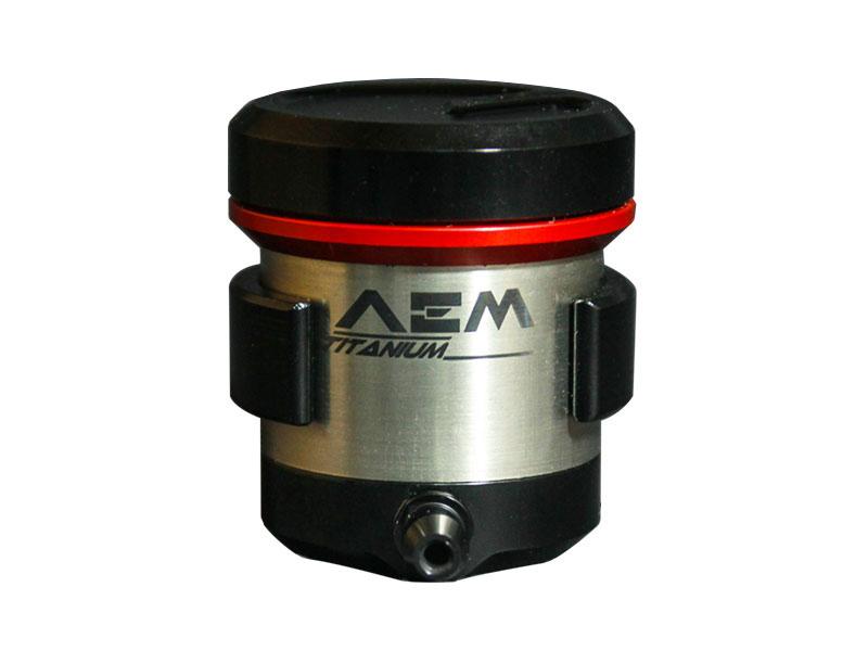 Binh dau AEM Titanium