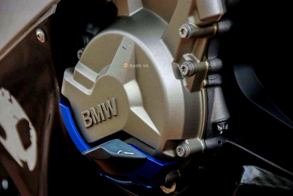 BMW HP4 ban do don gian nhung dang cap - 5