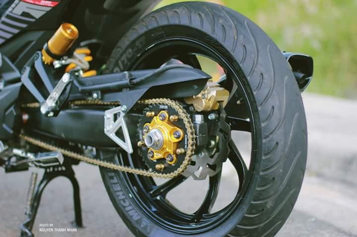 Exciter 150 trang bi bo giap day an tuong cua biker Nha Trang - 9